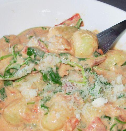 Gnocchis et roquette, sauce tomate au mascarpone5