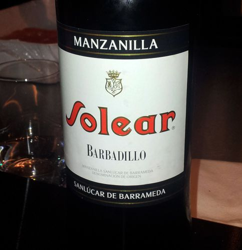 table ronde banctel vin manzanilla