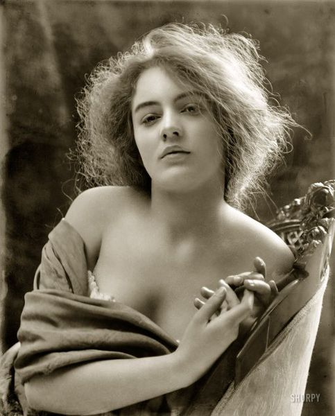 Thisbe1900