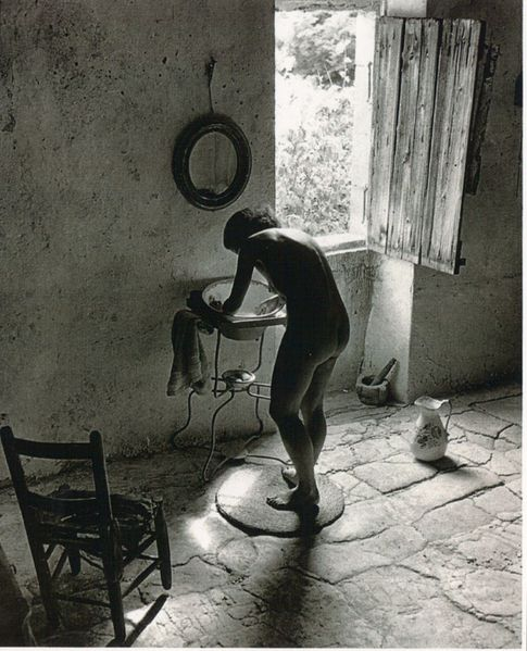 Willy-Ronis-NuProvencal-Whitebird1