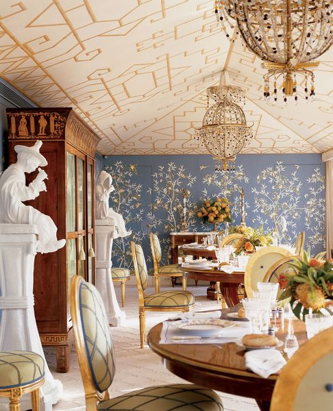 Ceilings on pinterest vaulted ceilings painted ceilings for Salle a manger louis xiii