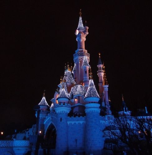 chateau-disneyland.JPG