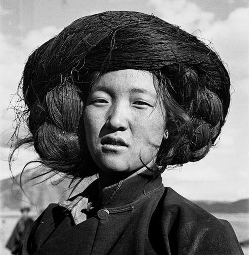 Zhuang-Xueben---Woman-of-Naxi-People--Yang-Ming-County--Y.jpg