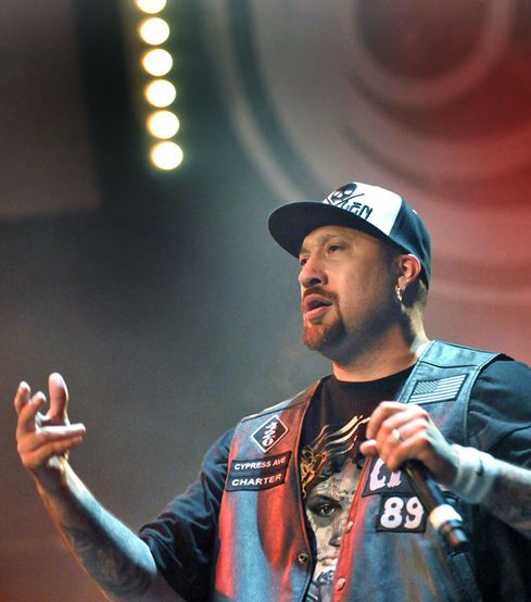 ERIC POLLET CYPRESS HILL 16