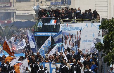 foot-marseille-OM-champion-de-France-titre_pics_390.jpg