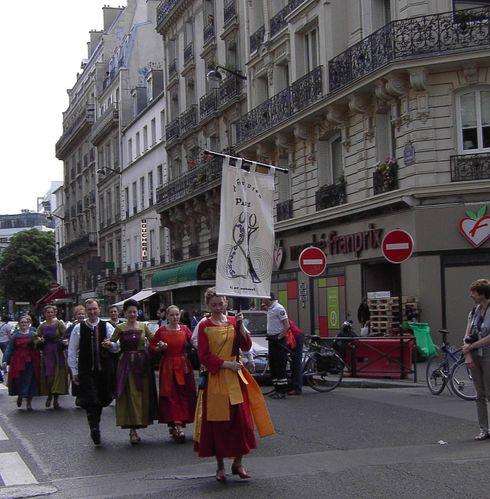 PICT0309 r Défilé et Bannière