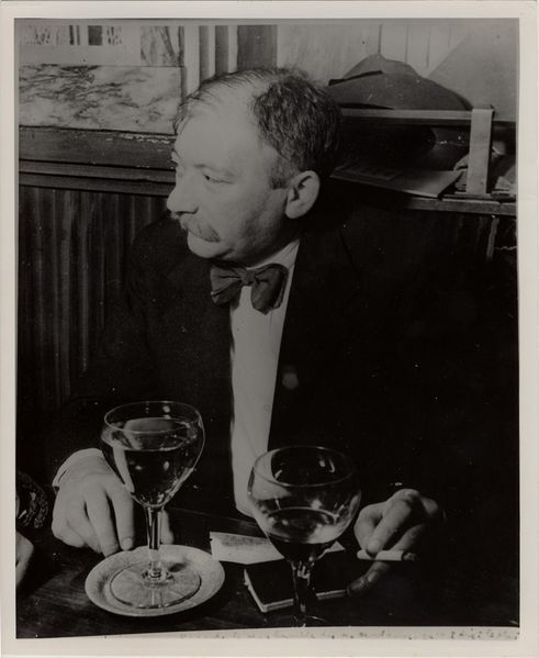 Joseph_Roth_Cafe_Tournon.jpg