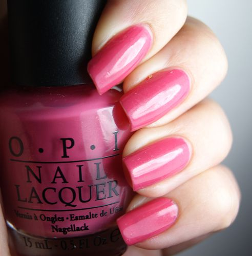 OPI My Adress is hollywood 2