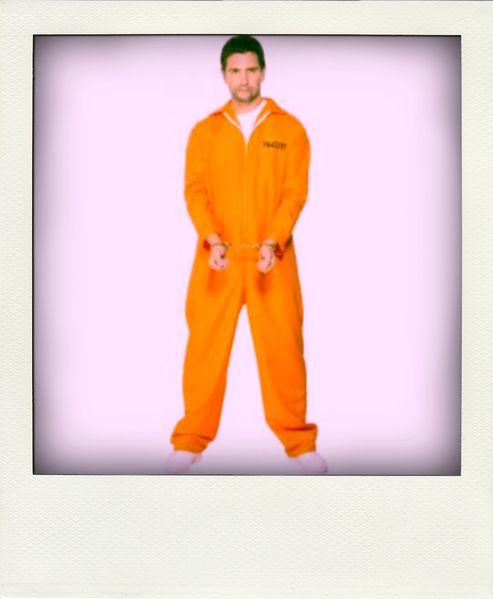 deguisement-prisonnier-orange-pola.jpg