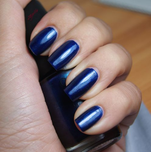 OPI Yoga-ta get this blue 1
