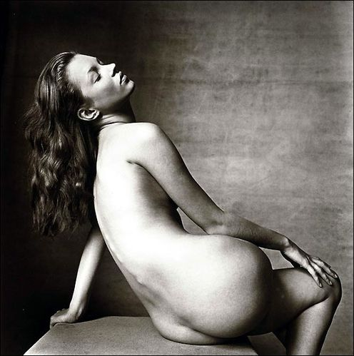 450kate-moss-nude-auction-01.jpg