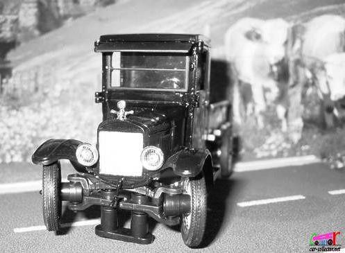 ford-model-tt-pickup-1923-signature (4)