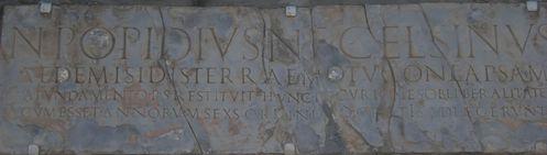 Pompei--temple-d-Isis-0.JPG