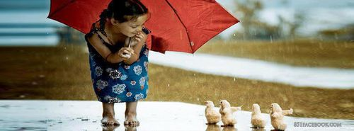 random-the-best-cute-girl-playing-in-the-rain-with-baby-duc.jpg