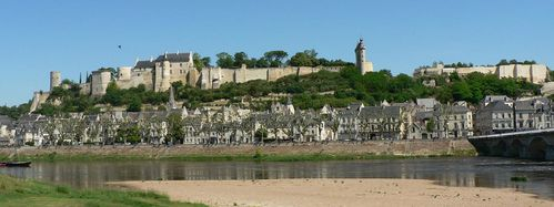 chinon chateau