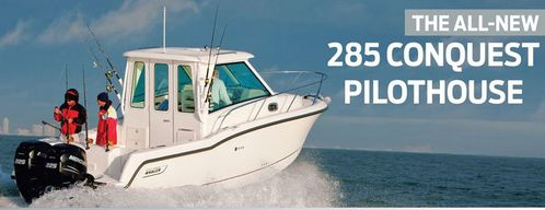 boston-whaler-285-conquest-pilothouse.JPG