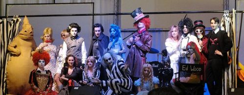 tim_burton_cosplay_show_by_chuuucosplay-d4i8dbr.jpg