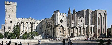 Le Palais des Papes Photo deJM Rosier.