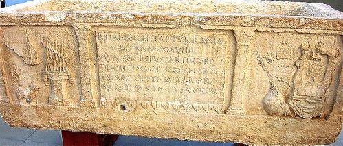 sarkophage-arles.jpg