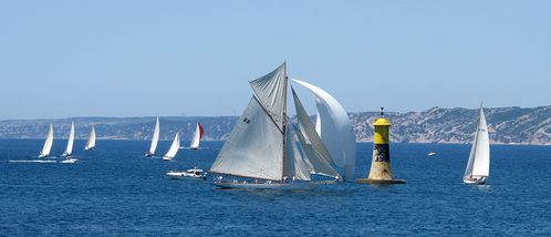 FOTO-4-4663-Moonbeam-III-cotre-aurique-L-26m.jpg