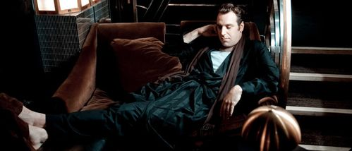 Chilly-Gonzales2.jpg