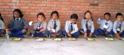 Bhaktapur - un repas appr+®ci+®