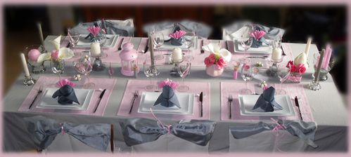 Table perle de rose les tables de karine - Deco table argent et blanc ...