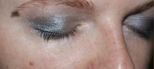 YEUX-GRIS2.PNG