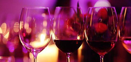 Calculer la quantit de boissons pour votre f te c r monie story - Combien de bouteille de champagne par personne ...