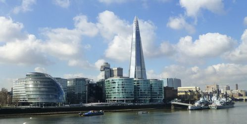 London City Hall & Shard 01
