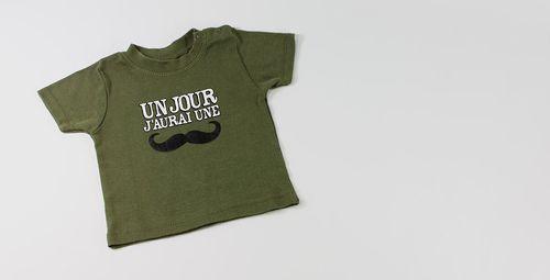 t-shirt-bebe-un-jour-jaurai-une-moustache-copie-1.jpg