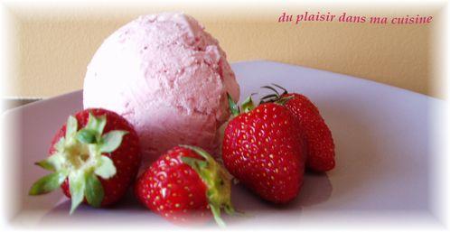 glace-a-la-fraise--1-.JPG