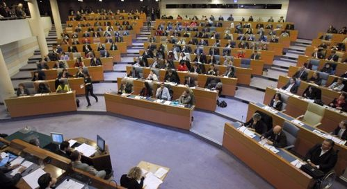 hemicycle.jpg