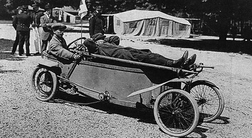 1912 Bédélia ambulance