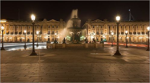 fontaine_place_concorde_nuit_pano_cr.jpg