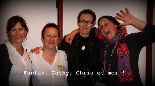 Salon-toutes-les-2-avec-Cath-et-Chris.jpg