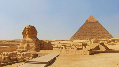 pyramids-and-sphinx-of-Egypt-4.jpg