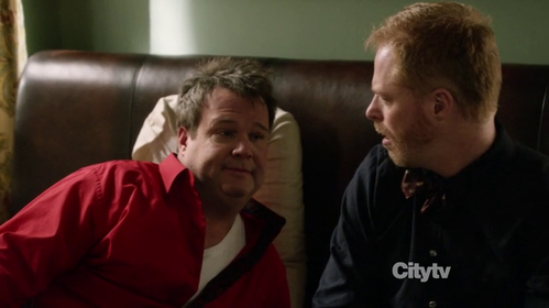 modern-family-eric-stonestreet-mitch-cam.png