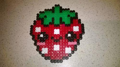 Sous-tasse-fraise-kawaii-perle-hama--3-.jpg