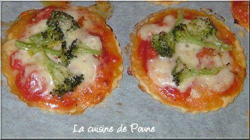 Minis-Pizzas Brocolis mozzarella parmesan 7