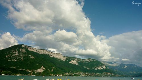 Lac-Annecy-nuages-004--2-_signee.jpg