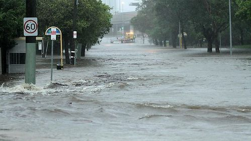 004719-flooded-downey-st-at-windsor.jpg