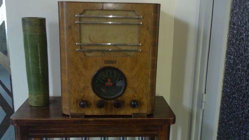 Hotel-Radio---23---Resolution-de-l-ecran-.JPG
