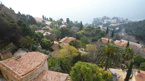 VUE DEDS HAUTS DE ROQUEBRUNE