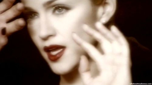madonna-veras-youll-see-video-cap-0015
