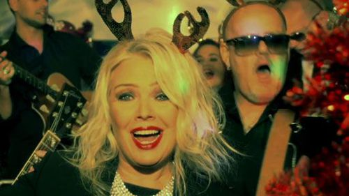 kim-wilde-rocking-around-x-mas-tree.jpg