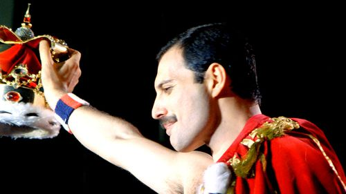 freddie mercury budapest-magic-tour