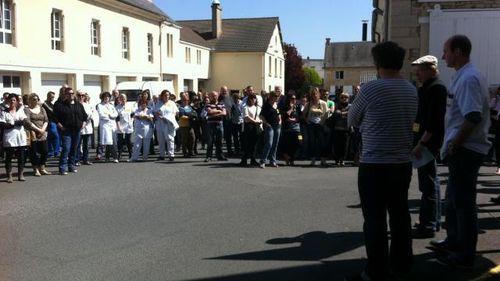 300-personnes-mobilisees-la-contestation-reprend 0