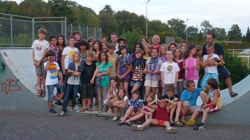 j201107080007- photo de groupe de fin de journ-e