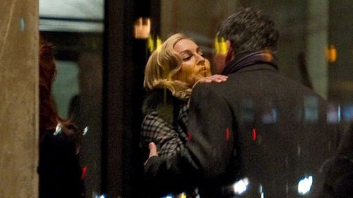 20110212-pictures-madonna-soho-house-berlin-02.jpg
